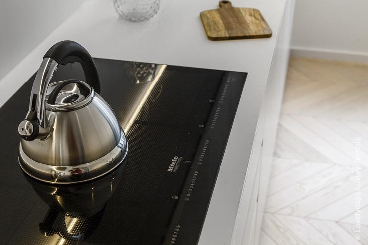 Lovelydays luxury service apartment rental - London - Fitzrovia - Goodge street - Lovelysuite - 2 bedrooms - 2 bathrooms - Fully equipped kitchen - 886d8988eeee - Lovelydays