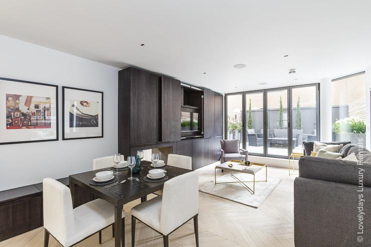 Lovelydays luxury service apartment rental - London - Fitzrovia - Goodge street - Lovelysuite - 2 bedrooms - 2 bathrooms - Luxury living room - df968380044c - Lovelydays