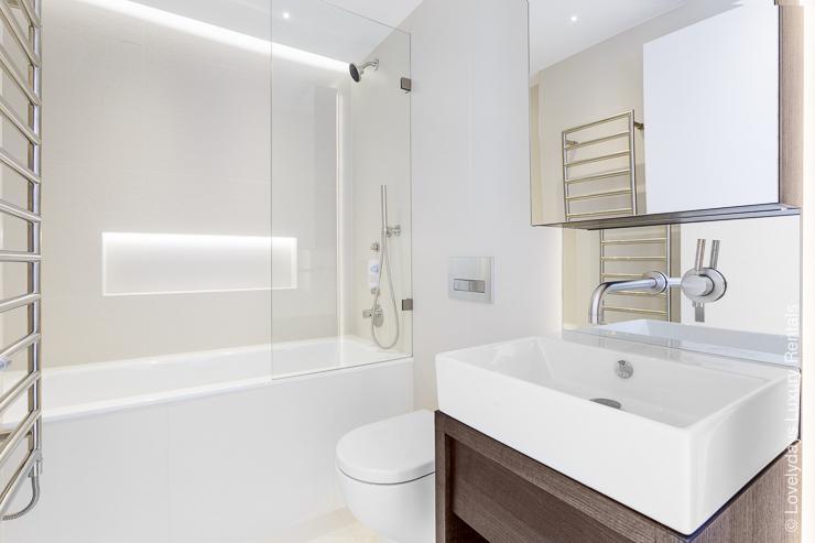 Lovelydays luxury service apartment rental - London - Fitzrovia - Goodge street IV - Lovelysuite - 2 bedrooms - 2 bathrooms - Lovely shower - 17404781e7c6 - Lovelydays