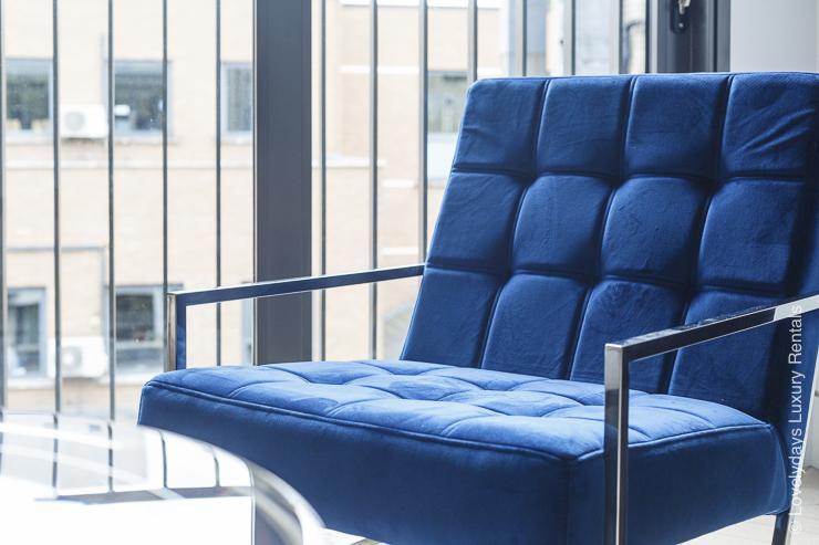 Lovelydays luxury service apartment rental - London - Fitzrovia - Goodge street IV - Lovelysuite - 2 bedrooms - 2 bathrooms - Comfortable sofa - 8957a493a5d2 - Lovelydays