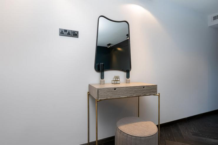 Lovelydays luxury service apartment rental - London - Soho - Great Marlborough St VIII - Lovelysuite - 3 bedrooms - 3 bathrooms - Design - 23556d3e92d2 - Lovelydays