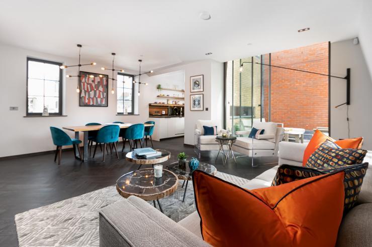 Lovelydays luxury service apartment rental - London - Soho - Great Marlborough St. IX - Lovelysuite - 2 bedrooms - 2 bathrooms - Luxury living room - 187a0ddeefbc - Lovelydays