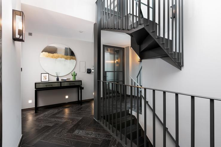 Lovelydays luxury service apartment rental - London - Soho - Great Marlborough St. IX - Lovelysuite - 2 bedrooms - 2 bathrooms - Hallway - 36ebd249cc1a - Lovelydays