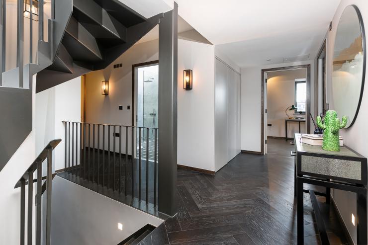 Lovelydays luxury service apartment rental - London - Soho - Great Marlborough St. IX - Lovelysuite - 2 bedrooms - 2 bathrooms - Hallway - 37bfb55c7844 - Lovelydays