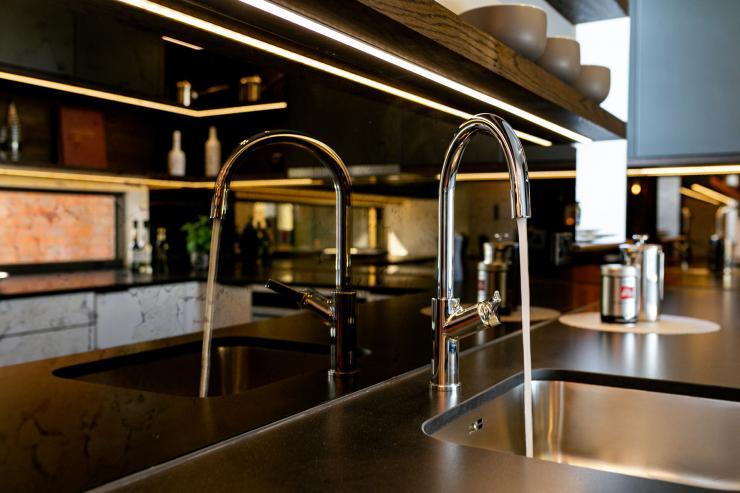 Lovelydays luxury service apartment rental - London - Soho - Great Marlborough St. IX - Lovelysuite - 2 bedrooms - 2 bathrooms - Luxury kitchen - e9cf196244dd - Lovelydays