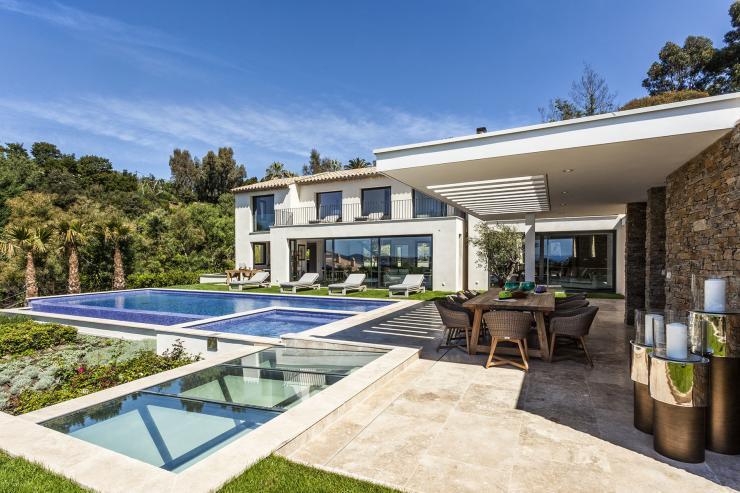 https://lovelydays.com/images/properties/img/Villa-Colibri/Villa-Colibri-60356868214a.jpeg