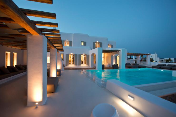https://lovelydays.com/images/properties/img/Villa-Demeter/Villa-Demeter-0b642891681c.jpeg