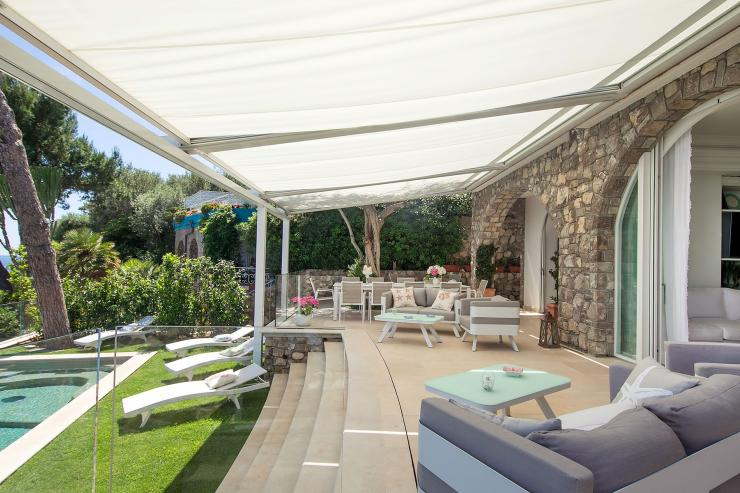 <p>Lovelydays Luxury Rentals introduce you pictures of a charming house in the heart of Amalfi Coast</p>
