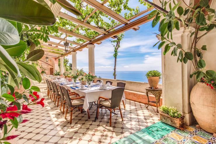 https://lovelydays.com/images/properties/img/Villa-Giunone/Villa-Giunone-5453481c5da3.jpg